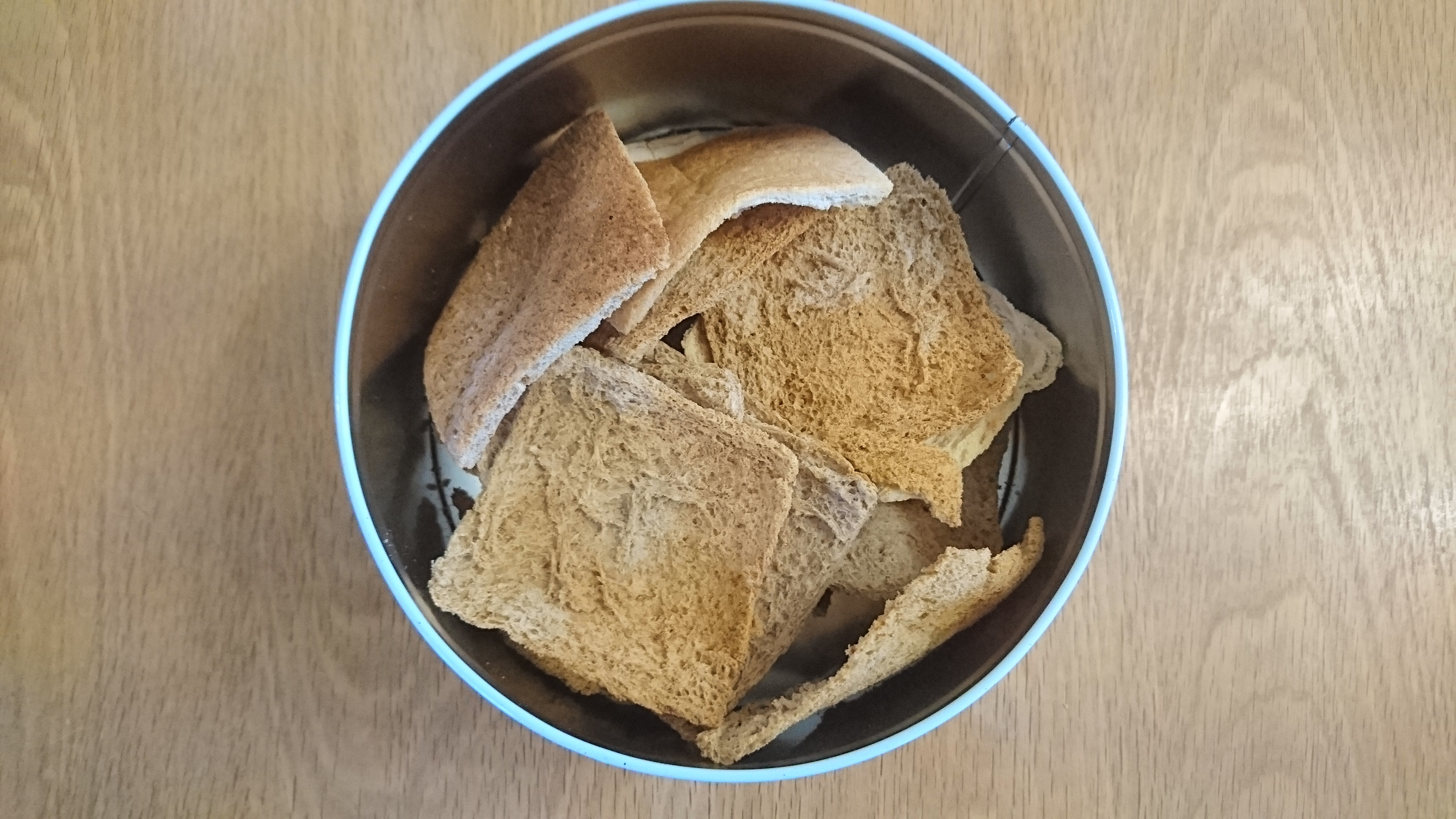 Melba toast recipe, melba toast, reduce food waste